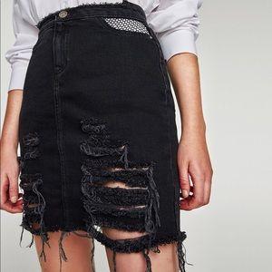 NWT Zara Destroyed Black Denim Skirt Medium
